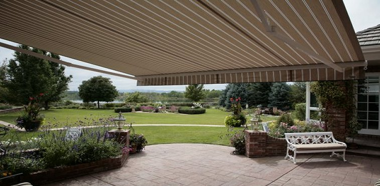 Retractable Awnings serving Missouri